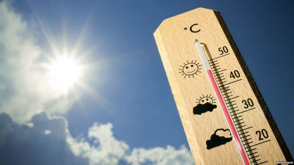 В Україні утримується аномальна спекотна погода