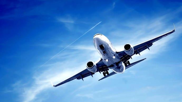 Україна закрила своє повітря для білоруських літаків