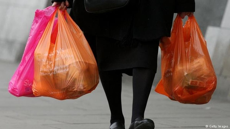 В Україні заборонять продавати пластикові пакети – закон вже ухвалено