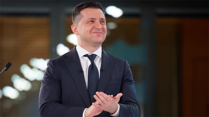 Меркель запросила Зеленського до Берліна, а Зеленський запросив Меркель в Україну