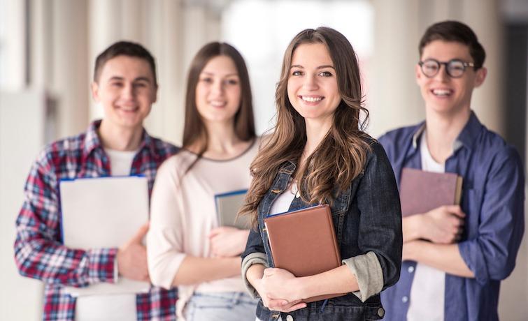 Які спеціальності найчастіше обирають українські випускники у 2021 році