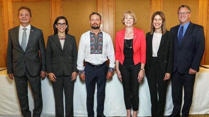 США, Британія та інші країни створять фонд на підтримку України