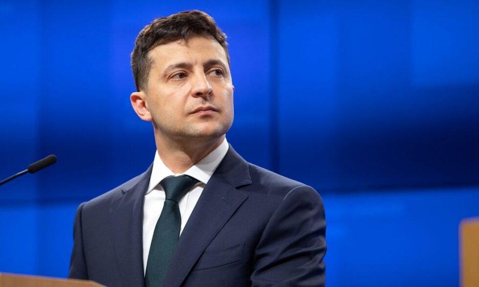 Зеленський наказав створити в Україні кібервійська