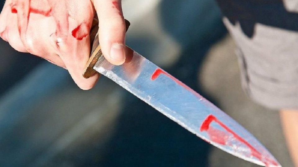 Чоловіка, який завдав смертельних поранень ножем односельцю залишено від вартою